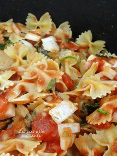 One pot pasta farfalle poulet tomate Farfalle Recipes, Gourmet Recipes, Healthy Recipes, Salty Foods, One Pot Pasta, Light Recipes, How To Cook Pasta, Dumplings, Pasta Salad