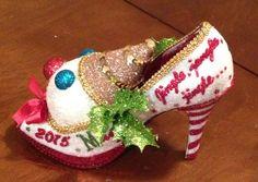 Confessions of a glitter addict: Jingle, jangle,jingle... here comes Mr. Bingle!
