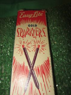 Vintage Elkton Sparkler Co Gold Easy Lite No 8's Nice Fireworks in Box kitschy