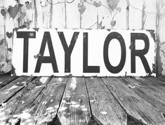 FARMHOUSE DECOR | Custom Name Sign | Large Custom Sign | Shabby Chic Wall Decor | Black and White | Housewarming Gift Idea | Realtor Gift Last Name Signs, Family Name Signs, Farmhouse Signs, Farmhouse Decor, Shabby Chic Wall Decor, Realtor Gifts, Black And White Wall Art, Black Decor, What Is Advertising