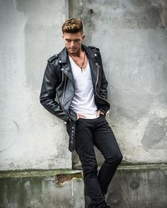 5867 Best Guys In Leather Jackets Images In 2019 Leather Men