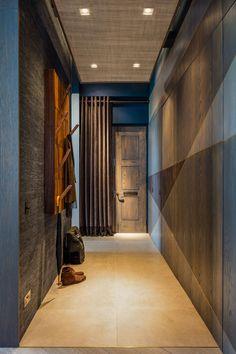 The Rovers Return by Daniel Hopwood – stylish hallway. Loft conversion designs