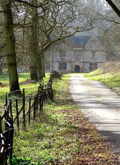 Newton Surmaville House, Yeovil, Somerset, England (can't believe I've never heard of it, and I live here. Abandoned Houses, Abandoned Places, Old Houses, English Manor Houses, British Countryside, Exterior, Country Life, Country Estate, Country Living