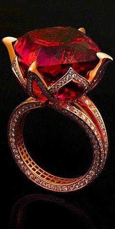 Diamond Rings : Jack du Rose pink tourmaline lotus ring - via: emilanton - Imgend. - Buy Me Diamond Jewelry Box, Jewelry Rings, Jewelry Accessories, Fine Jewelry, Jewelry Design, Jewlery, Designer Jewellery, Ruby Jewelry, Dainty Jewelry
