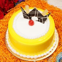 Icing Cake Design, Cake Decorating Frosting, Cake Designs, Pinapple Cake, Birthday Cake Delivery, Chocolate Garnishes, Luxury Cake, Pineapple Slices, Jelly Cake