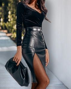 Diana, Trend Fashion, Women's Fashion, Elegant Outfit, Womens Fashion Online, Skirt Outfits, Leather Skirt, Pu Leather, Skirt Fashion