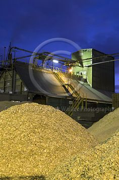 Radiata Pine (pinus radiata) woodchip and sawdust at the Caboolture saw mill, owned and operated by CHH Wood Products in Queensland, Australia. For image licensing enquiries, please feel welcome to contact me at derekwalker73@bigpond.com  Cheers :)