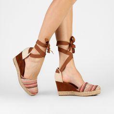 Compre Espadrille Zatz Amarração Preto na Zattini a nova loja de moda online da Netshoes. Encontre Sapatos, Sandálias, Bolsas e Acessórios. Clique e Confira!