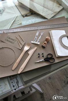 Set de table en papier recyclé avec poche à couverts