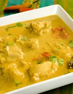 Chicken in Coconut Almond Indian Curry Chicken in Coconut Almond Sauce Recipe (Dairy-Free) -http://glutenfreerecipebox.com/chicken-in-coconut-almond-sauce/