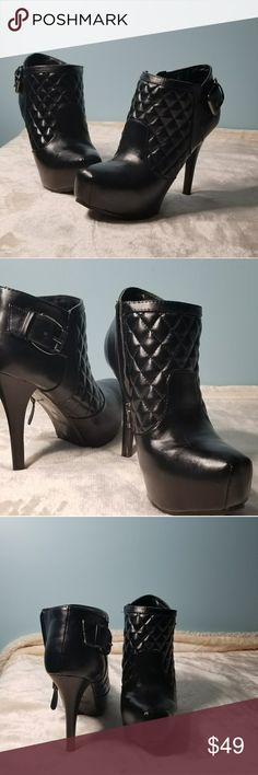 Guess Quilted Ankle Boots Black Guess quilted 5 inch ankle boots Guess Shoes Ankle Boots & Booties