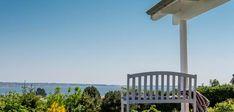 Klassisk sommerhus med unik beliggenhed og udsigt Home Technology, House Design, Elegant, Outdoor Decor, Inspiration, Home Decor, Home Ideas, Bedroom, Classy