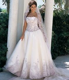 Google Image Result for http://www.ladyzona.com/wp-content/uploads/2010/06/Plus-Size-Wedding-Dress.jpg