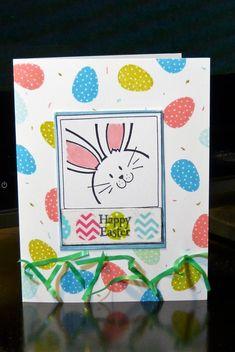APRVSN17J Easter Bunny Selfie