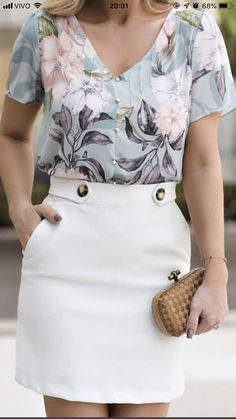 Blouse Styles, Blouse Designs, Skirt Outfits, Casual Outfits, Kurti Embroidery Design, Blouse And Skirt, Western Dresses, Types Of Fashion Styles, Fashion 2020