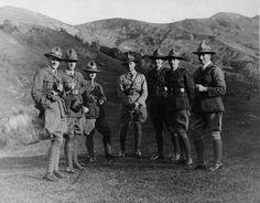 Unidentified New Zealand World War 1 soldiers in uniform