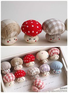 Tiny mushroom pin cushions and made out of old fabric Sewing Patterns Free, Free Sewing, Felt Crafts, Diy And Crafts, Felt Diy, Crochet Crafts, Crochet Ideas, Crochet Projects, Diy Y Manualidades
