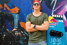 SPOTSNAPR sunglasses are designed by renowned eyewear designers using only the highest quality materials, such as acetate and stainless steel. Red Bull, Havanna, Wakeboard, Eyewear, Round Sunglasses, Brand New, Lifestyle, Fashion, Sunglasses
