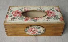 Caja de madera del tejido. Soporte para papel higiénico. Caja