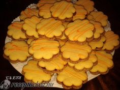Érdekel a receptje? Kattints a képre! Hungarian Recipes, Pavlova, Cake Cookies, Healthy Living, Snack Recipes, Chips, Food And Drink, Sweets, Vegetables