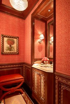Powder room - www.tuckerandmarks.com