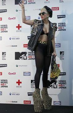 Lady Gaga wearing Noritaka Tatehana shoes at the MTV Video Music Aid Japan in June 2011. (Photo: REUTERS/Toru Hanai)