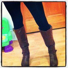 c07fe206bca Black leggings and brown boots