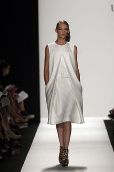 Summertime! Runway & Portfolio Gallery | Fashion School Daily, School of Fashion Blog at Academy of Art University