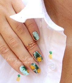 Pineapple nail art for the summer nail art ananas pour l'été - Nail Designs Best Acrylic Nails, Acrylic Nail Designs, Nail Art Designs, Cherry Nail Art, Fruit Nail Art, Ongles Gel French, Pineapple Nails, Cruise Nails, Nail Polish Crafts