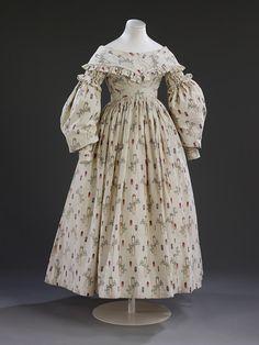 Wedding dress, 1841, England, V and A