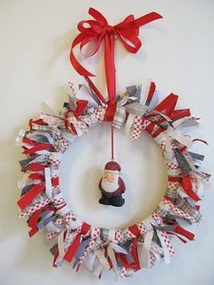 scrap fabric wreath - one to make with Craft Club at school...