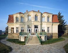 The cubist villa in a picturesque village of Libodřice, District of Kolín, Central Bohemian Region. Radios, Villa, Interesting Buildings, Czech Republic, Weekend Getaways, Places To Go, Mansions, Architecture, House Styles