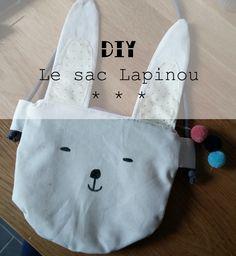 Les Aventures des Petits Pois: Tuto - LE sac Lapinou Tote Bag, Sewing, Blog, How To Make, Crafts, Inspiration, Dimensions, Photos, Pom Poms