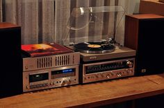 Pioneer SX-790 Stereo Reciever Pioneer CT-F650 Tape Deck Pioneer SG-300 Graphic Equalizer Pioneer PL-514 Automatic Return Turntable