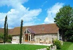 Notley Tythe Barn (Barn / oasthouse / farm) wedding venue in Aylesbury, Buckinghamshire