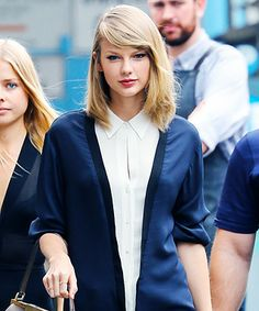 Look of the Day - June 22, 2014 - Taylor Swift in A.L.C. from #InStyle closest to my hair now, minus bangs.