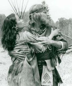 The Mountain Men - Publicity still of Victoria Racimo & Charlton Heston. The image measures 768 * 920 pixels and was added on 22 September Mountain Man Rendezvous, Mountain Art, Native Art, Native American Art, Man Photo, Picture Photo, Film Icon, American Frontier, Western Movies
