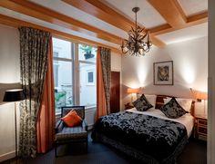 Ambassade-Hotel-Classic-Room-1