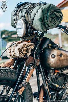 Motorcycle camping adventure travel Ideas for 2019 Motorcycle Camping, Bobber Motorcycle, Motorcycle Style, Motorcycle Outfit, Camping Gear, Biker Style, Camping Style, Moto Scrambler, Harley Davidson