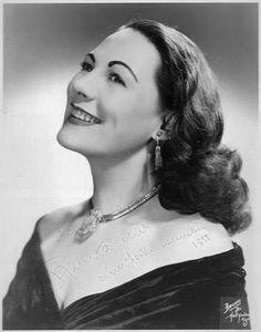 Renata Tebaldi -  Italian Lirico-Spinto Soprano (1922-2004)  https://www.youtube.com/watch?v=1woH96ROG-c http://en.wikipedia.org/wiki/Renata_Tebaldi