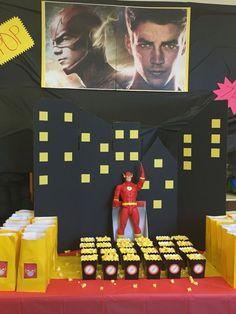 My own DIY Flash party theme: