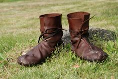 Viking shoes: Hedeby 10th c. by ~Nimpsu on deviantART