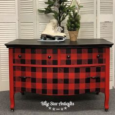 Buffalo Check is all about creating a farmhouse, cozy-cabin feel. Now it's easy to apply the Buffalo Check stencil to any surface that accepts paint! Refurbished Furniture, Paint Furniture, Repurposed Furniture, Shabby Chic Furniture, Furniture Projects, Furniture Making, Furniture Makeover, Cool Furniture, Furniture Design