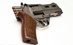 Pistola Chiappa Rhino 40DS Ejército