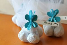 Unique Wedding Favor Plantable Recycled Paper Seed Bomb r - Turquoise Blue Hydrangea Paper Flower - Trendy Wedding Guest Gifts Unusual Wedding Gifts, Creative Wedding Gifts, Wedding Gift List, Seed Wedding Favors, Winter Wedding Favors, Candle Wedding Favors, Candle Favors, Wedding Gifts For Guests, Rustic Wedding Favors