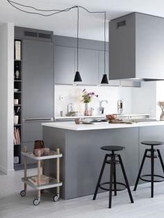 65 Gorgeous Modern Scandinavian Kitchen Design Trends Source by . Scandinavian Kitchen Renovation, Kitchen Interior, Kitchen Decor, Kitchen Ideas, Diy Kitchen, Kitchen Pics, Bistro Kitchen, Kitchen Grey, Kitchen Modern