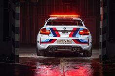 MotoGP 2016: BMW präsentiert sein neues Safety Car für die Saison 2016 - Das Autoblog im Internet - MyAuto24