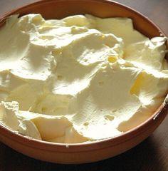 Crema al Burro - http://www.mycuco.it/cuisine-companion-moulinex/ricette/crema-al-burro/?utm_source=PN&utm_medium=Pinterest&utm_campaign=SNAP%2Bfrom%2BMy+CuCo