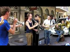 New Orleans Dixieland on Street - YouTube