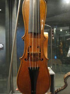 SOLAViolins: September 2010 Kind Words, Musical Instruments, 19th Century, Musicians, September, Kit, Amazing, Beautiful, Violin
